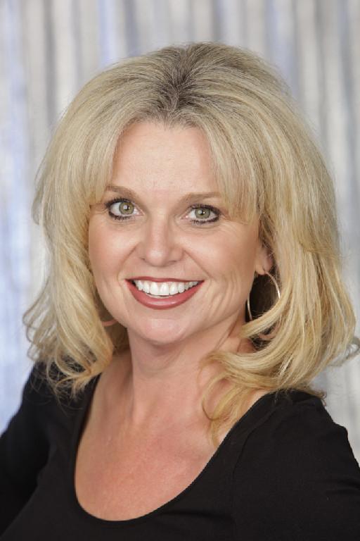 Dr Karen Handley